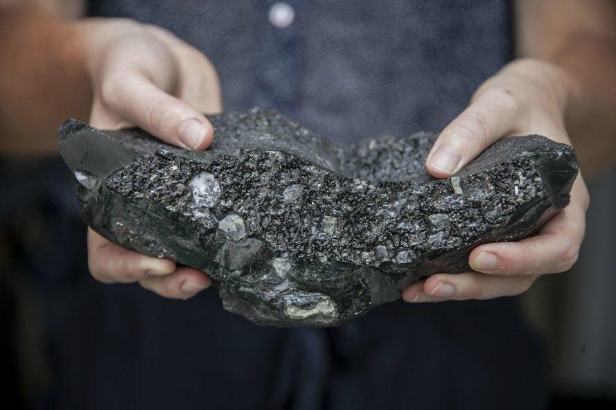 Petech-Plasma Rock